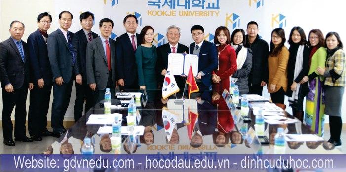 Cao đẳng tiếng Hàn Quốc 1 + 2 (1 năm học tại Việt Nam, 2 năm học tại Hàn Quốc)